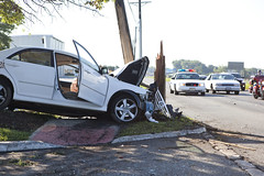 accident, automobile, asphalt, traffic collision, family car, vehicle, compact car, sedan, luxury vehicle,