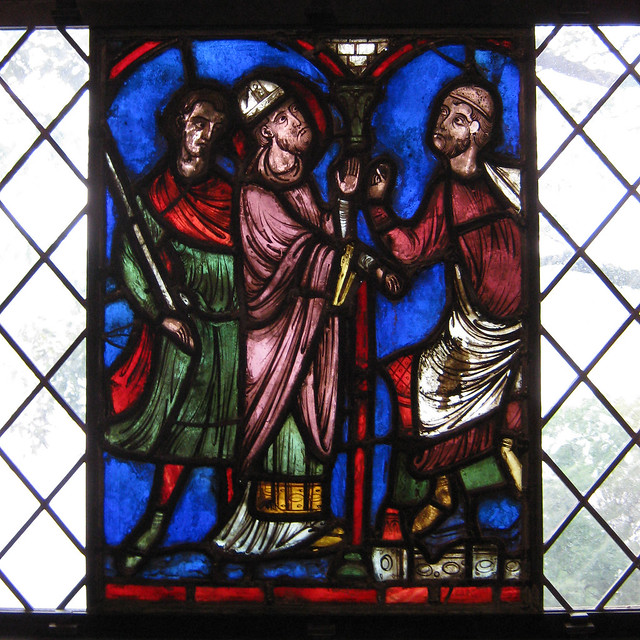The early gothic hall saint nicholas accuses the consul for Consul windows