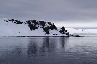 003 Halfmoon Island