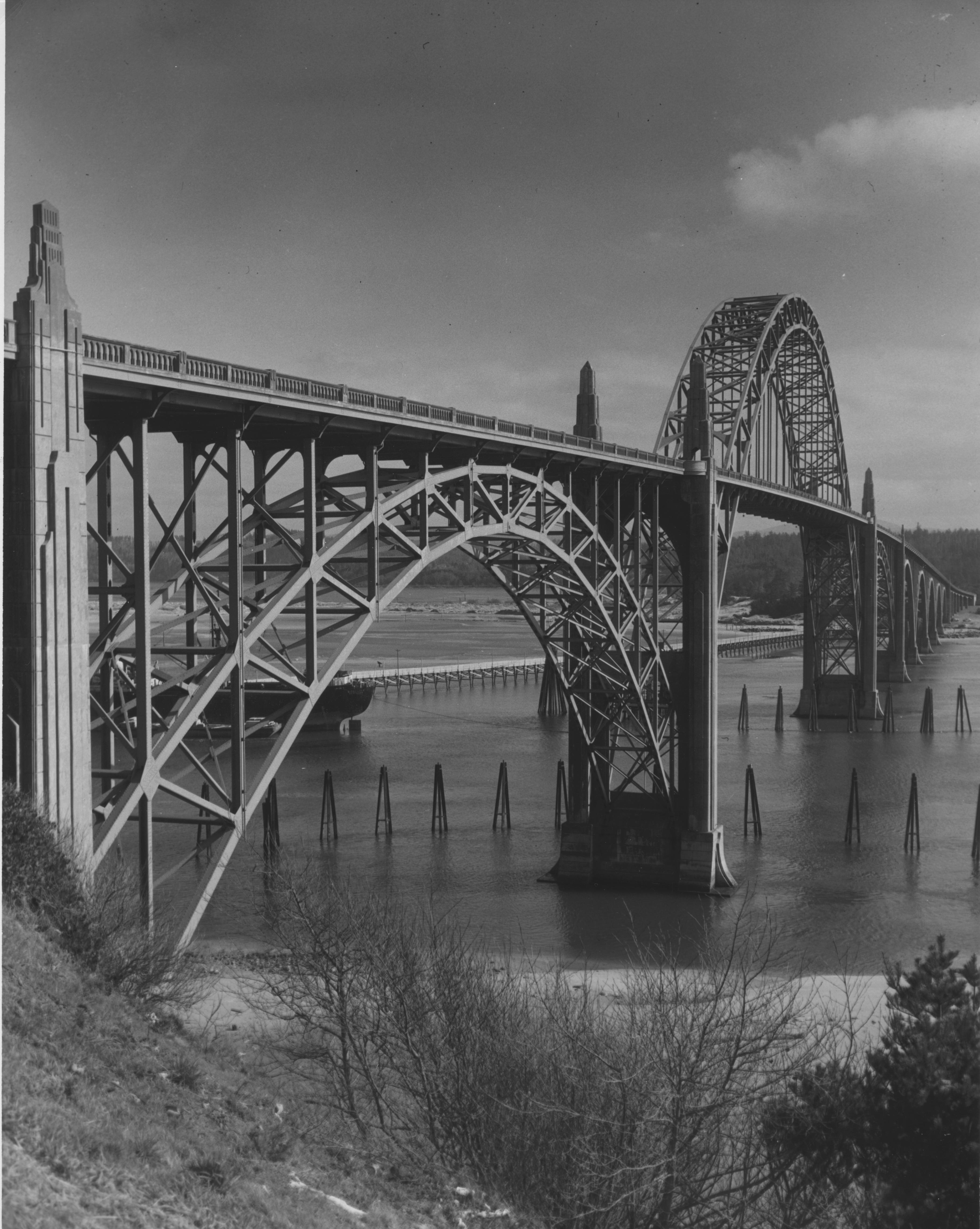 Yaquina Bay Bridge at Newport, Oregon
