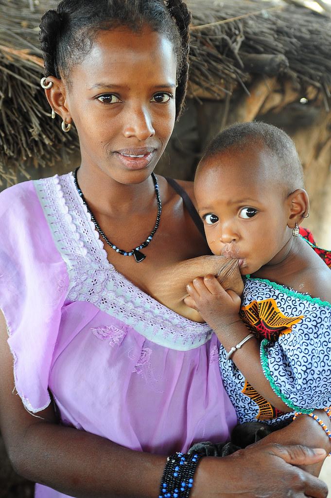 tribal-african-women-leaking-breastmilk-nude-young-black