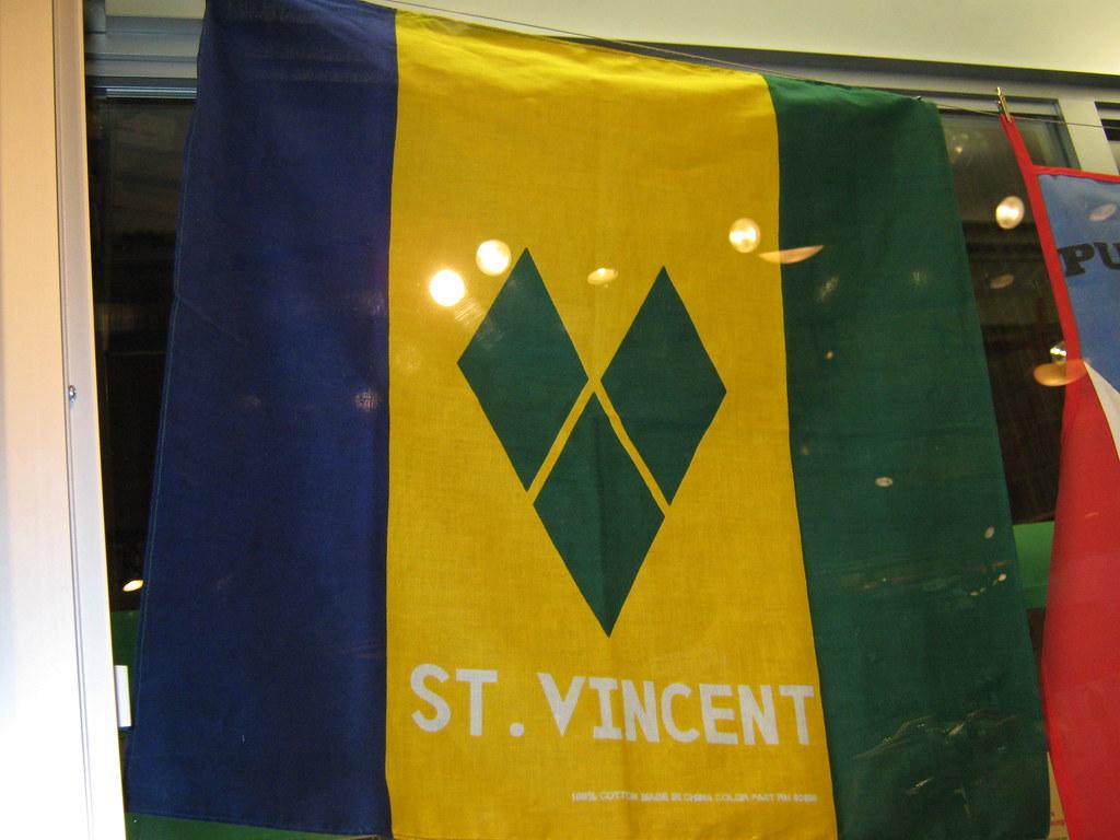 St  Vincent flag | Isis | Flickr