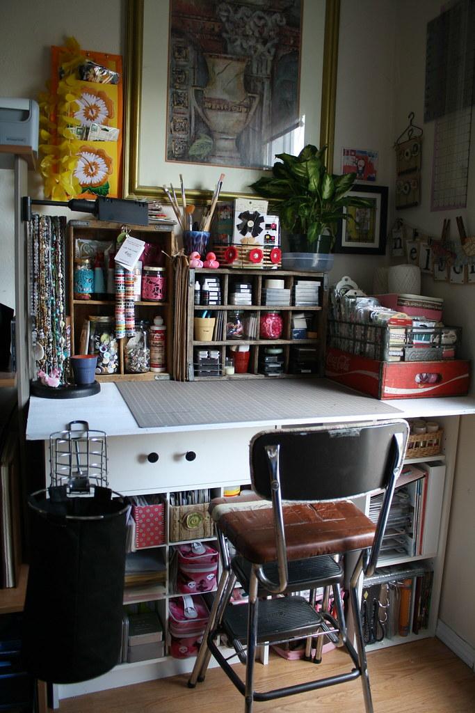 Фото: альбом рабочее место рукодельницы дома - фотография 43.