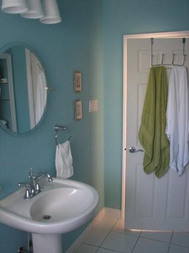 Washroom renovation 5 benjamin moore waterfall flickr for Washroom renovation
