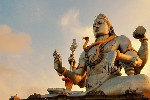 Murudeshwara Statue