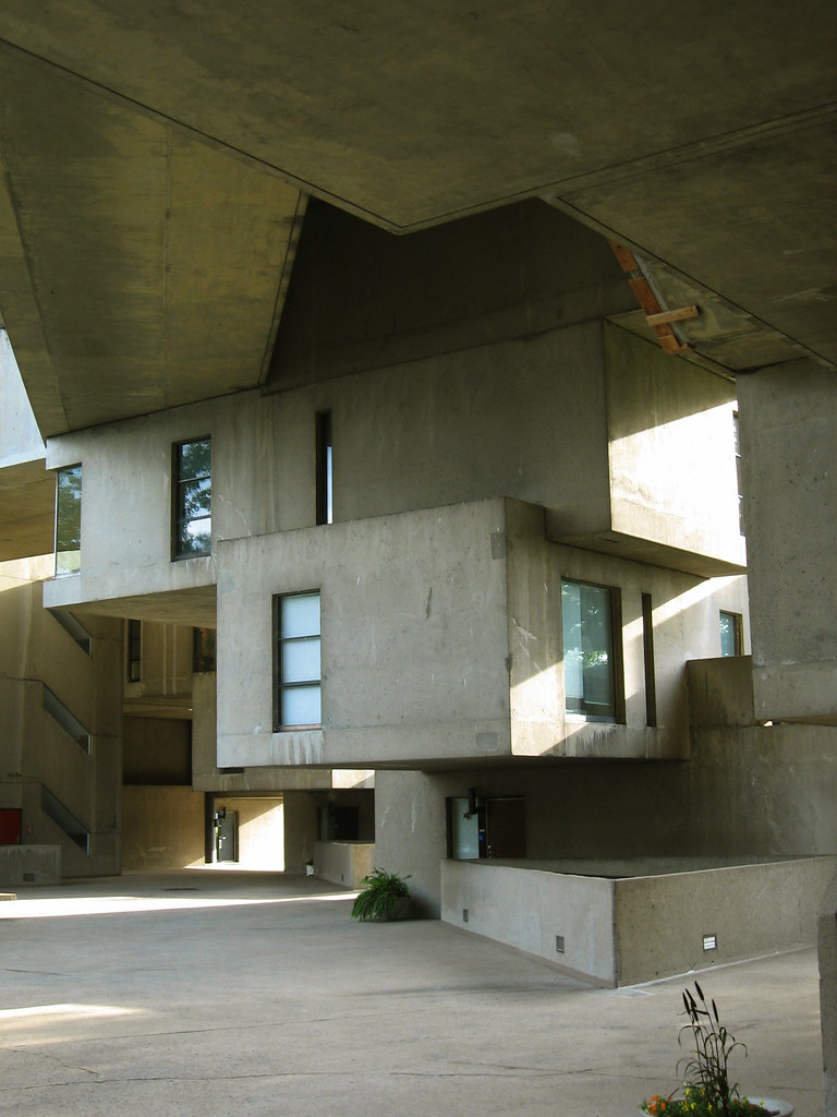 Habitat 67 unit de mosh safdie for Habitat 67 interieur