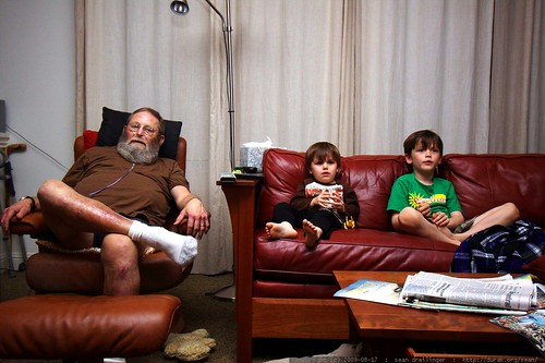 grandpa and grandsons watching nick's movie pick   james bond goldfinger    MG 1750