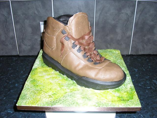 hiking boot cake