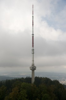 Image of Uetliberg Turm. tower broadcast schweiz switzerland nikon tag zurich fernsehturm nikkor fx turm uetliberg tvtower swisscom polfilter sendeturm imfreien zürich d700 afsdxzoomnikkor1755mmf28gifed üetliberg