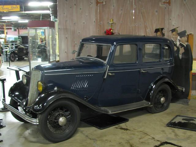 1933 english ford popular 4 door sedan 1 flickr photo for 1933 ford 4 door sedan