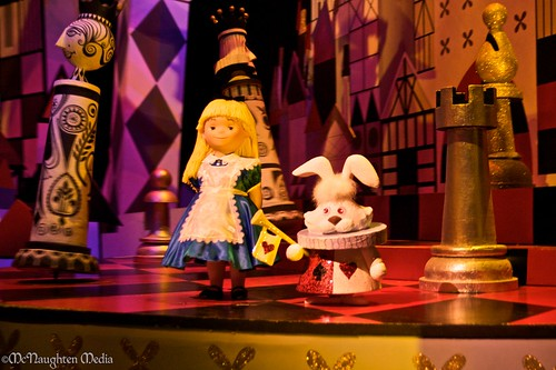 it's a small world's Alice in Wonderland @ Disneyland