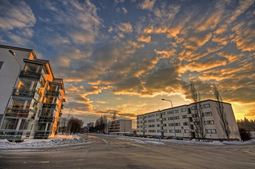 street morning winter sky building architecture clouds sunrise buildings finland landscape geotagged wideangle intersection hdr altocumulus mäntsälä tonemapped tonemap 3exp handheldhdr