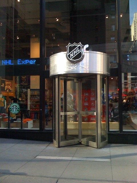 Nhl store new york city flickr photo sharing for Store fenetre new york