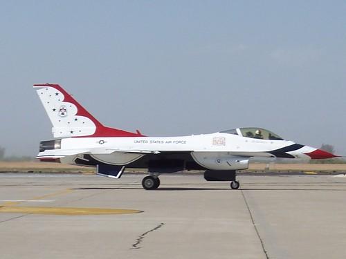Lockheed Martin F-16C Fighting Falcon Thunderbirds #5