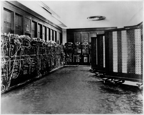Tu Coche En Forma Consejos Para Conservar La Mecanica De Tu Vehiculo moreover Accelerator moreover ENIAC moreover puters in addition 02. on vacuum tube computer