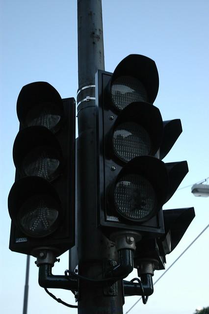 Black traffic light | Flickr - Photo Sharing! Traffic