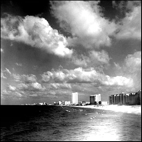 BROWNIE HAWKEYE AND THE SKYLINE