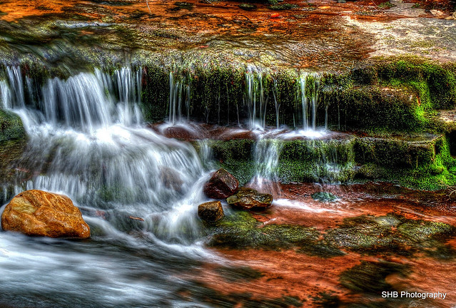 Stream HDR (Recroped)
