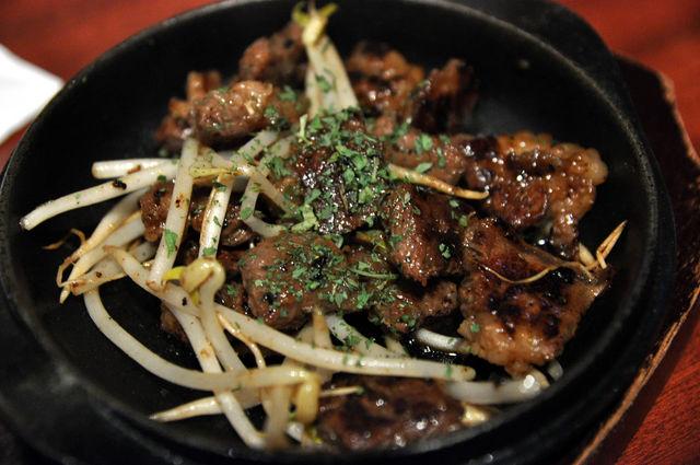 気分屋DINING 笑和 大阪燒居酒屋-骰子牛肉