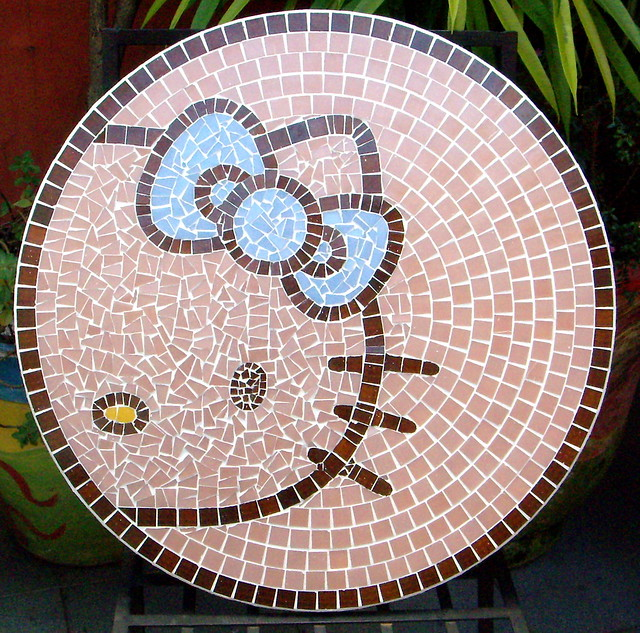 TAMPO EM MOSAICO PARA O CAFÉ DA HELLO KITTY NO BOURBON SHOPPING