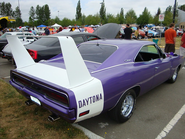 1970 Dodge Charger Daytona | Flickr - Photo Sharing!: https://flickr.com/photos/unclegal/3718236661