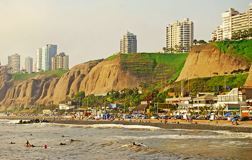 Miraflores Beach by Gianluca Vittori