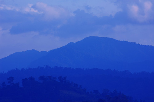 blue mountain clouds port nikon philippines minimal ranges layers subic unpopular d40 aplusphoto frborj