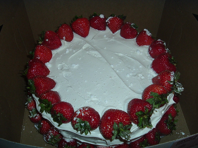 Strawberry Cake with whipped cream | Flickr - Photo Sharing!