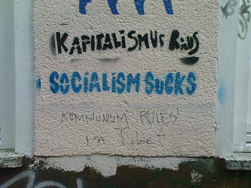 Kapitalismus Raus, Socialism Sucks
