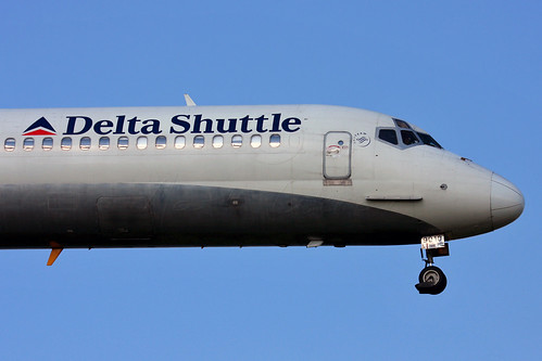 Delta Air Lines - McDonnell Douglas MD-88 (N910DE)