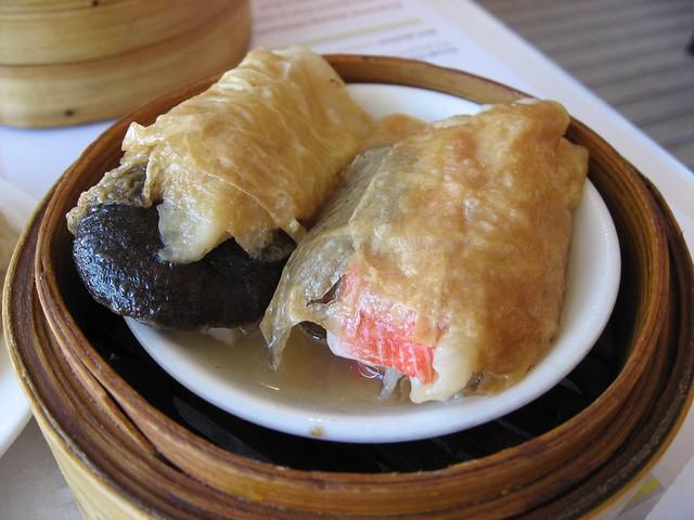 Steamed Seafood Tofu Skin Rolls | Explore beautifulcataya's ...