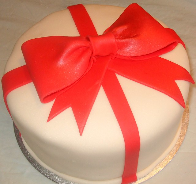 Cake With Fondant Ribbon : Gift box cake with red fondant bow - a photo on Flickriver