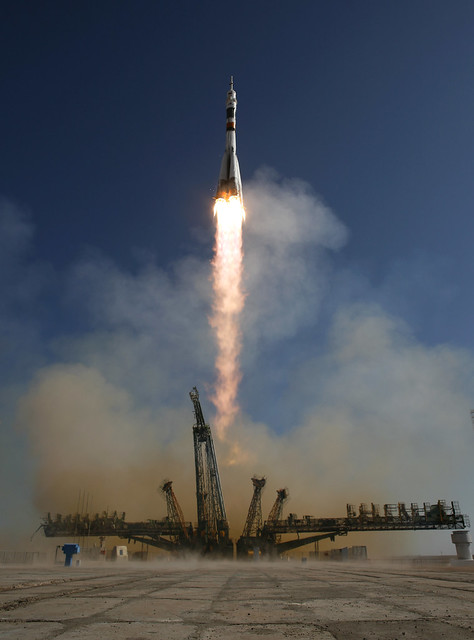 Expedition 21 Soyuz Launch (200909300003HQ) | Flickr ...
