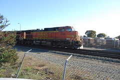 BNSF 5338 dash9-44CW