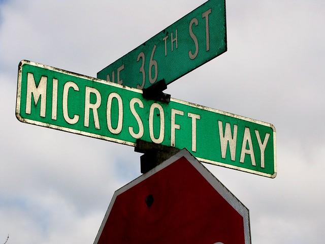 """Die Katholische Kirche geht mit ihren Bildungseinrichtungen nun den """"Microsoft Way"""". - Foto: flickr.com/ToddABishop (CC BY 2.0)"""