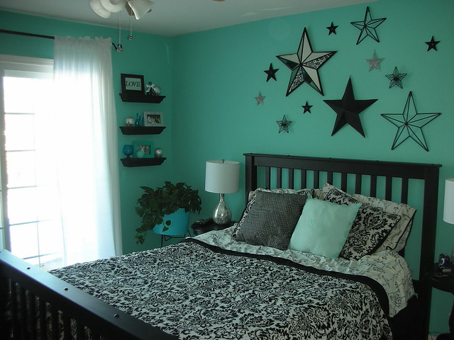 Aqua bedroom flickr photo sharing for Aquamarine bedroom ideas
