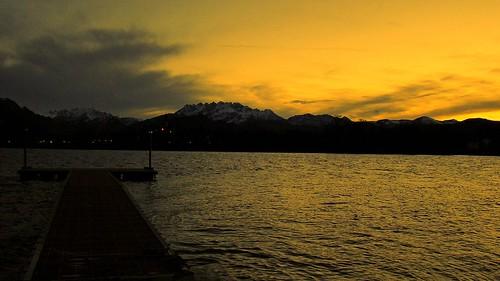 italy lake sunrise lago italia alba brianza lombardia pusiano resegone fiatlux lagodipusiano cmwdyellow oneofmypics