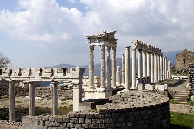 Acropolis of Pergamum (Pergamon), Bergama, Turkey  Flickr ...