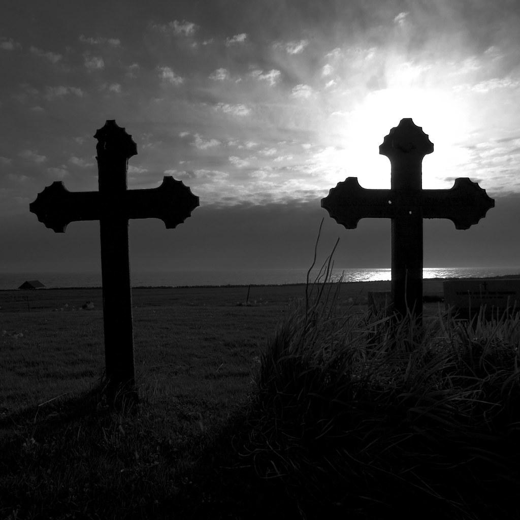 Gravstøtter | Gravstøtter med kulehull fra Hå gamle kirkegår ...
