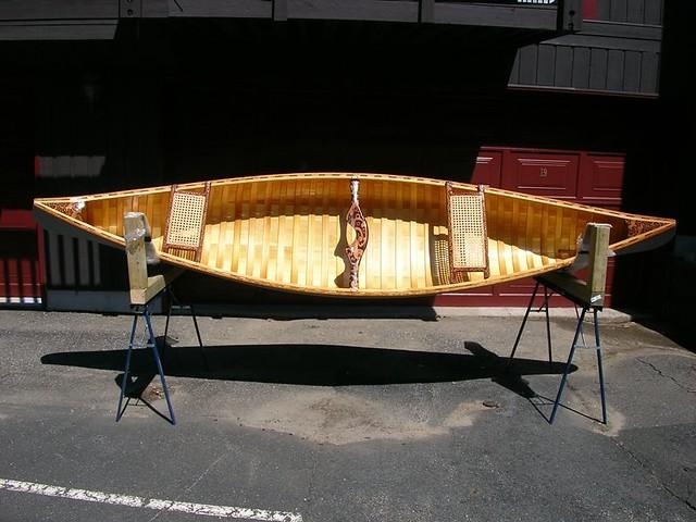 how to build a cedar canoe