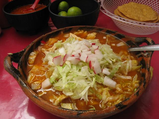 Pozole rojo con pollo/Red pozole with chicken | Flickr - Photo Sharing ...