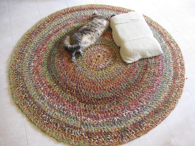 Knitting Pattern For Round Rug : photo