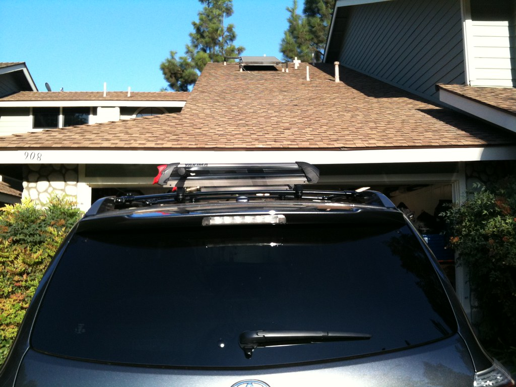 Fishing rod holder for roof racks product review for Roof rack fishing rod holder