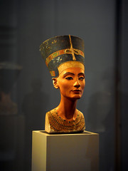 The bust of Nefertiti, Ägyptisches Museum Berlin