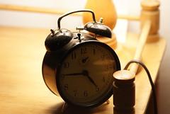 hand(0.0), lighting(0.0), organ(0.0), alarm clock(1.0), clock(1.0),