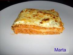 meal(0.0), breakfast(0.0), baked goods(0.0), zwiebelkuchen(0.0), dessert(0.0), pastitsio(1.0), food(1.0), dish(1.0), cuisine(1.0), quiche(1.0), tortilla de patatas(1.0),
