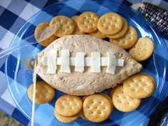 peanut butter cookie(0.0), baking(1.0), baked goods(1.0), cookies and crackers(1.0), food(1.0), dessert(1.0), cookie(1.0), snack food(1.0), biscuit(1.0),