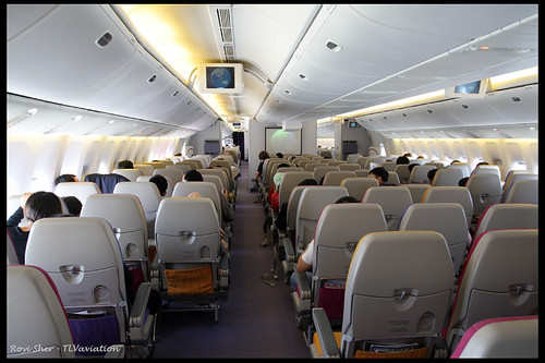 Thai Airways Boeing 777-300 Interior Thai Airways Boeing 777-200