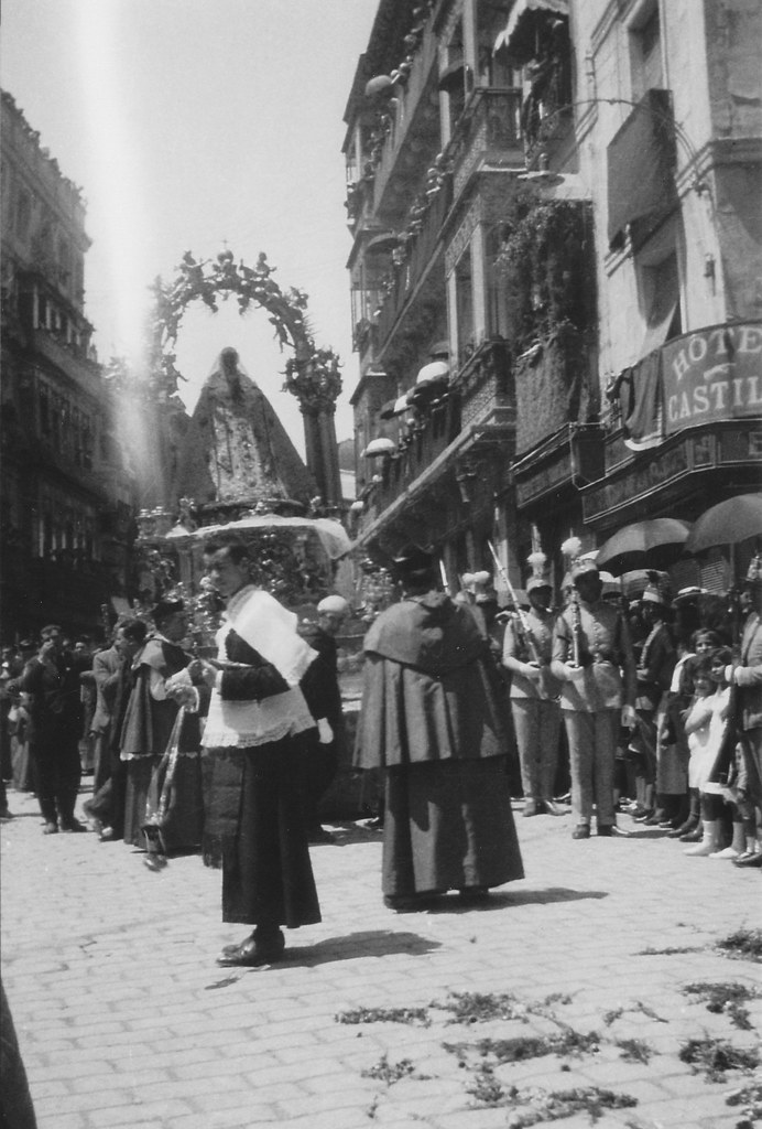 Coronación de la Virgen del Sagrario el 30 de mayo de 1926. Foto de Eduardo Butragueño Bueno