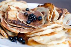 meal, breakfast, berry, palatschinke, food, dish, cuisine, pancake,